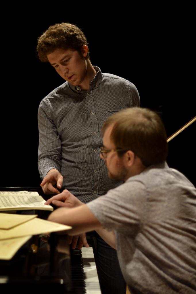 Rehearsal in Leon. Photo by Fernanda Castaño